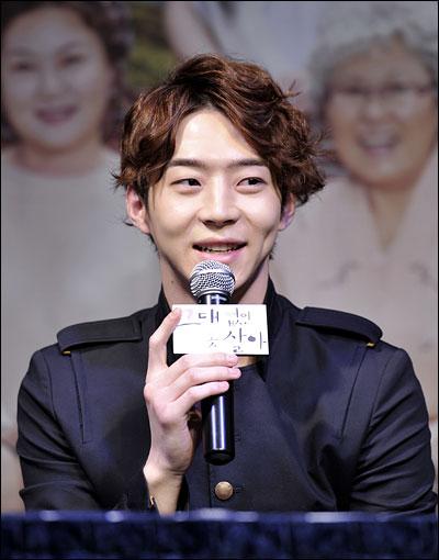 MBC 일일드라마 <그대없인 못살아>에 출연하는 배우 박유환
