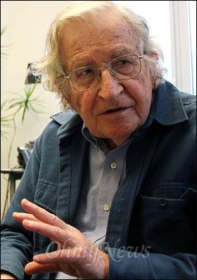 세계적인 석학 놈 촘스키 매사추세츠공대(MIT) 명예교수