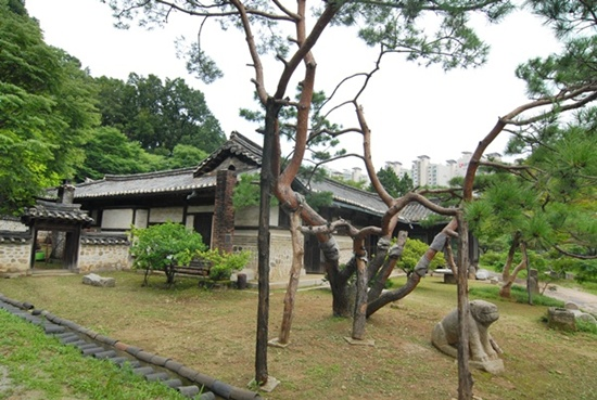 용인집 구한말의 친일 매국노 송병준의 집