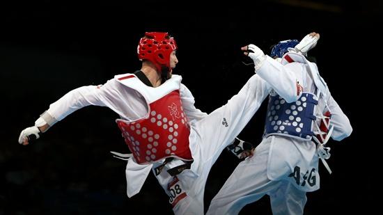 2012 런던올림픽부터 태권도는 규정을 바꿔 새로운 얼굴을 선보였다. 공격 득점도 세분화돼 얼굴 공격에 3점, 얼굴 회전 공격에 4점을 부여했다. 이로써 큰 점수 차로 지고 있더라도 막판 뒤집기가 가능하도록 했다.
