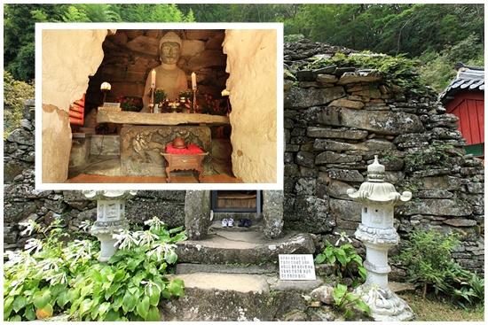보안암석굴은 다소 투박하지만 돌을 쌓아 만든 '제2의 석굴암'이다.