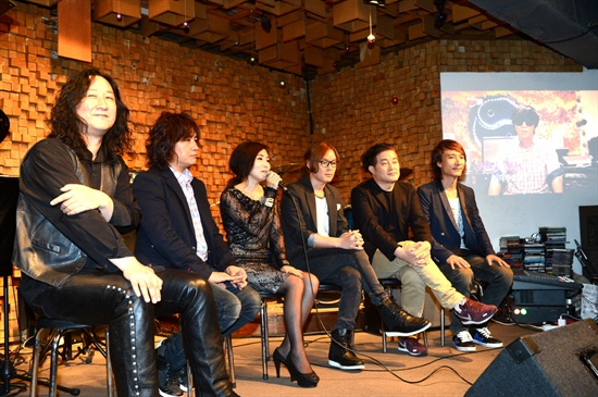 14일 오후 서울 마포구 서교동 클럽 에반스에서 열린 KBS 2TV <탑밴드2> 기자간담회에 참석한 장혜진