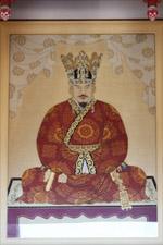 경주 동남산 통일전의 문무왕 초상