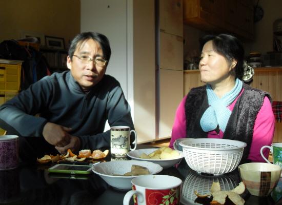 천주고 수사가 되고 싶었던 이재철(왼쪽)씨와 목사였던 박후임 부부