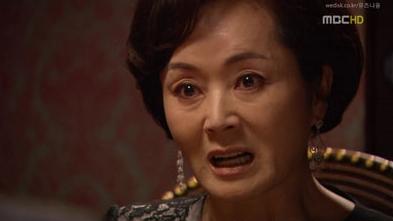 <로열 패밀리>에서 독한 시어머니의 전형을 보여준 배우 김영애