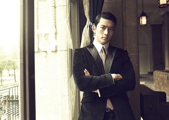 2PM 옥택연