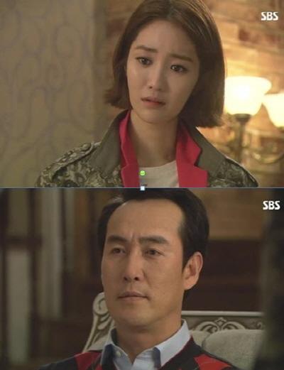 지난 19일 방영된 SBS 월화드라마 <야왕>에서는 석태일(정호빈 분)과 석수정(고준희 분)의 대화를 통해 비리 정치인을 비판했다.