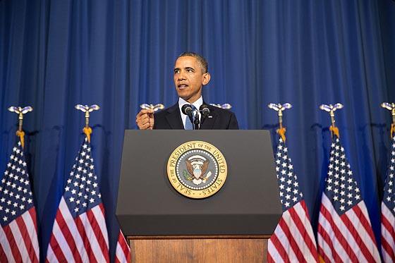 버락 오바마 대통령이 지난 23일 워싱턴DC 포트 맥네어에 있는 국방대학교에서 연설하고 있다.