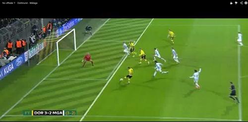 판정논란을 불고 온 마지막 골 말라가와 도르트문트의 챔피언스리그 경기 마지막 골, 스페인 언론은 이 골이 오프사이드 오심이라고 주장했다.