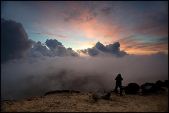 드라마틱한 풍경을 보여주는 백두산