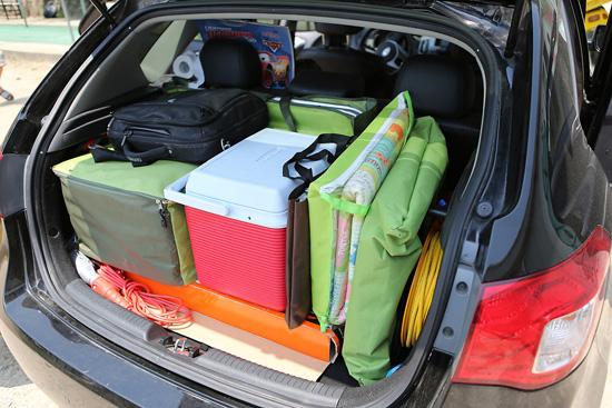 캠핑 준비 완료 고가의 캠핑용품 없이도 즐길 수 있어 행복하다.