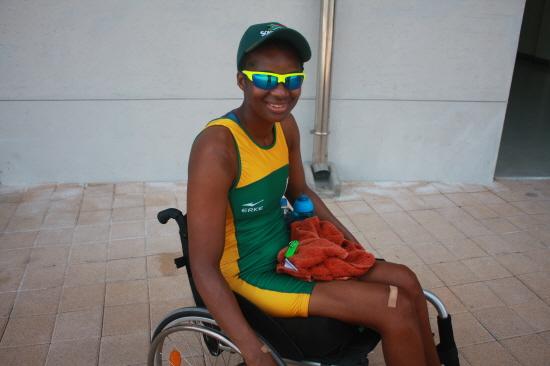 남아프리카 공화국에서 온 샌드라 코만도 (장애인 종목 여자 싱글스컬 출전)