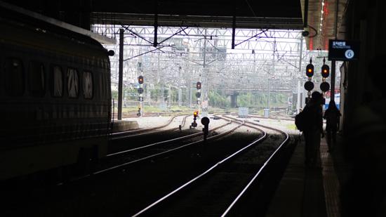 출발 청량리역 플랫폼에서 기차를 기다리다