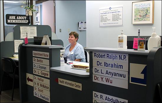 의료협동조합 '클리닉 커뮤니티'는 단순히 한 사람의 건강 이상 여부만을 체크해주는 의료 서비스 뿐 아니라 환자 스스로가 주체적으로 건강관리를 할 수 있도록 각종 건강 정보를 제공하고 있다.