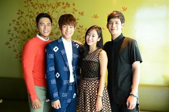 SBS 새 예능 프로그램 <심장이 뛴다>에 출연하는 배우 조동혁, 최우식, 전혜빈, 박기웅(왼쪽부터)