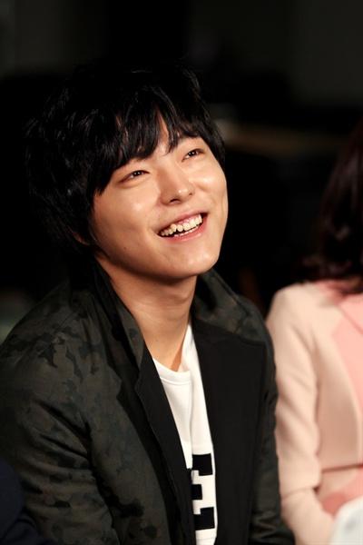 Mnet <슈퍼스타K5>에 출연 중인 박시환