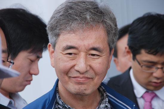 지난 2011년, 4대강 민주당 특위와 공주보를 방문했던 허재영 대전대 토목공학과 교수.