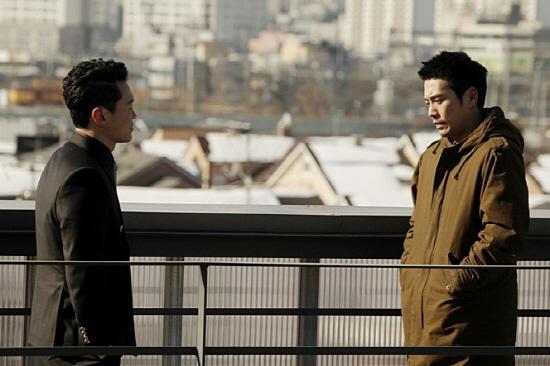 10월 30일 개봉한 영화 <응징자>의 한 장면. 응징자의 주인공으로 출연한 양동근과 주상욱
