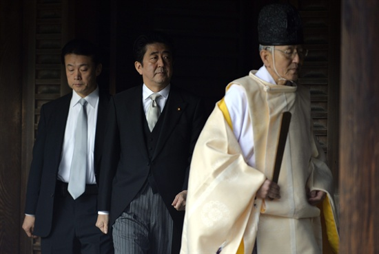 지난 2013년 12월 26일, 일본 아베 총리가 야스쿠니 신사를 참배했다.