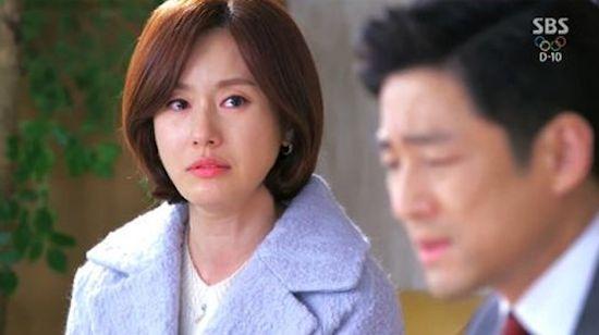SBS <따뜻한 말 한마디>의 송미경(김지수 분)과 유재학(지진희 분).