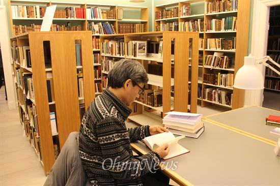 그룬트비 도서관 풍경. 누구에게나 개방된다.