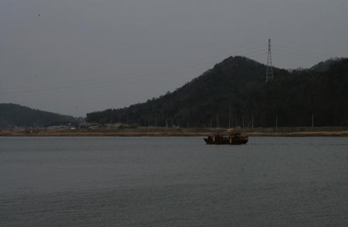 영산강 황포돛배. 영산포에서 한국천연염색박물관 앞을 오가고 있다.