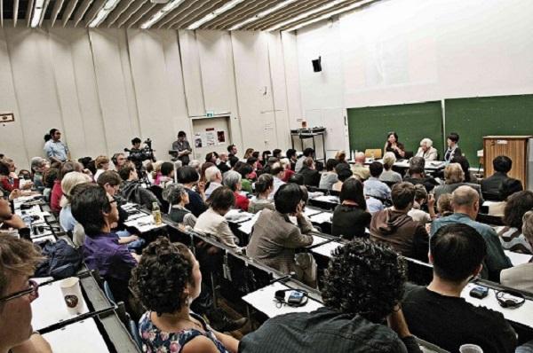 코리아협의회는 지난해 8월 위안부 피해자 이옥선 할머니를 초대해 독일 전역을 돌며 증언회을 열었다. 사진은 베를린 공대에서 열린 증언회.