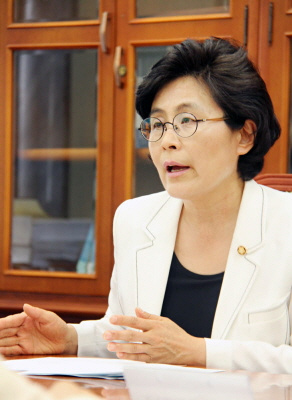 새정치민주연합 유승희 의원