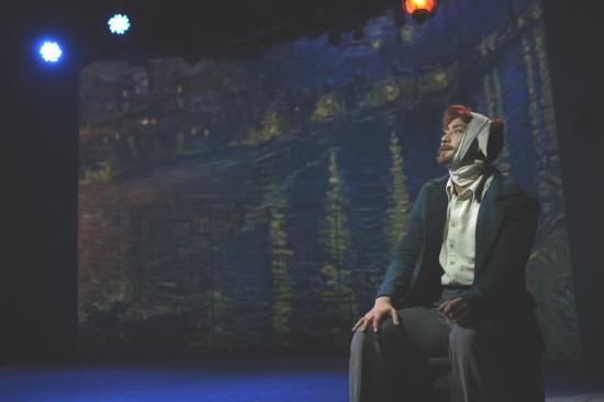뮤지컬 '빈센트 반 고흐'는 특별한 능력을 가진 천재 화가로서의 고흐가 아닌 우리와 다름없이 평범한 한 남자, 한 사람으로서 고흐를 바라보고 있다.