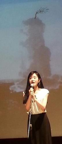뮤지털 가수 김다미의 열창 김주대 시인의 딸이며 뮤지컬 가수인 김다미씨가  (판틴의 노래 I dreamed a dream)을 열창중이다.