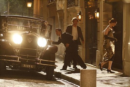 영화 <미드나잇 인 파리>의 한 장면