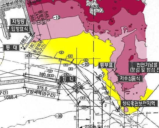 그림3. 그림2의 저수심 암초지대 확대한 부분