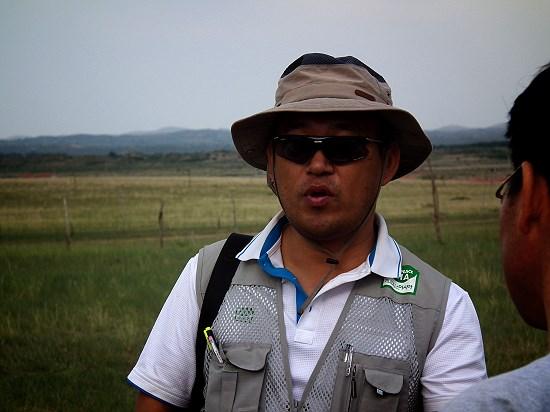 초원 복원 전문가 박상호 소장 박상호 소장은 한국, 중국을 통틀어 내몽고 마른 호수 생태복원 전문가로서 여전히 현장에서 활동하고 있다.
