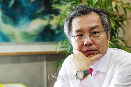 최강욱 변호사.