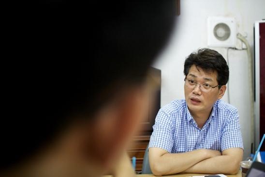 7.30 재보궐 선거가 끝나고 8월 7일. 허동준 위원장의 사무실에서 만났다. 이야기는 자연스레 동작을 선거부터 시작했다.