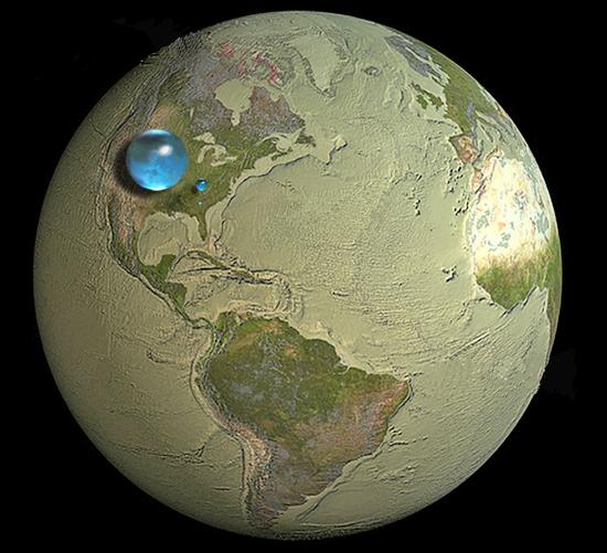 지구가 품은 물의 양 지구의 수량을 북미대륙 위에 구형으로 나타냈다. 해수와 담수 등을 합한 총량은 직경 1384km의 구(가장 큰 물방울)에 해당한다. 민물의 총량은 직경 273km(중간 크기 물방울), 호수와 강 하천이 품고 있는 물의 양은 직경 56km 남짓인 구(가장 작은 물방울 모양)의 부피 정도이다.