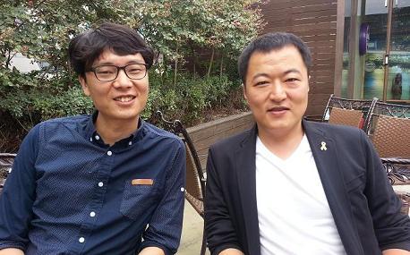 김철민 감독(좌)과 윤기진씨(우) 그들은 인터뷰 내내 진지하면서도 밝은 표정을 잃지 않았다.