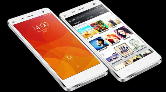 중국 샤오미가 지난 8월 공개한 프리미엄 스마트폰 Mi4. 16GB 판매 가격은 1999위안으로 35만 원 정도다.