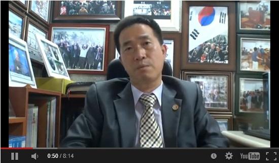 김진철 목사(남굴사 대표)가 17년 전에 본 한반도 전쟁에 대한 환상을 이야기 하고 있다.