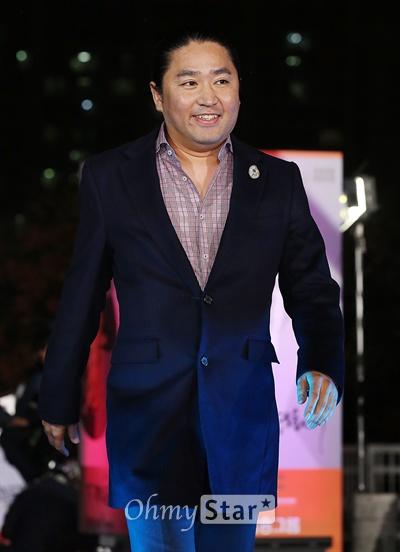 지난 21일 열린 51회 대종상영화제에서 최우수작품상을 <명량>의 김한민 감독