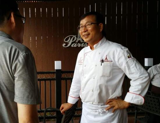 재 미얀마 박구영사장님 빠리지앵과 골든파크를 운영하며 KBS 강연 100℃에도 출현했던 성공한 사장님이다.