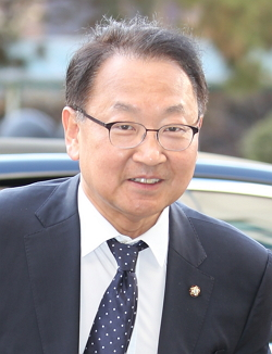 유일호 국토교통부 장관 후보자