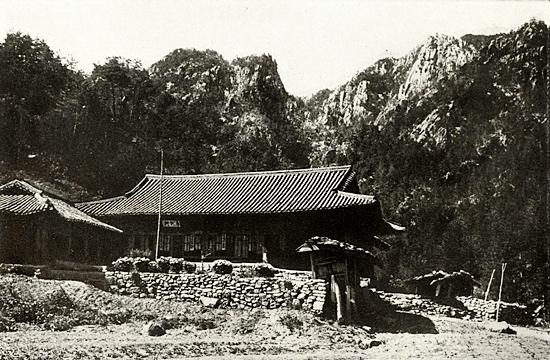 중건 전 금강산 마하연사(일본지리대계)