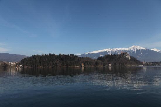 마침내 블레드 호수에 닿았습니다.