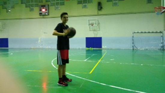 부우라는 주니어 농구선수다.