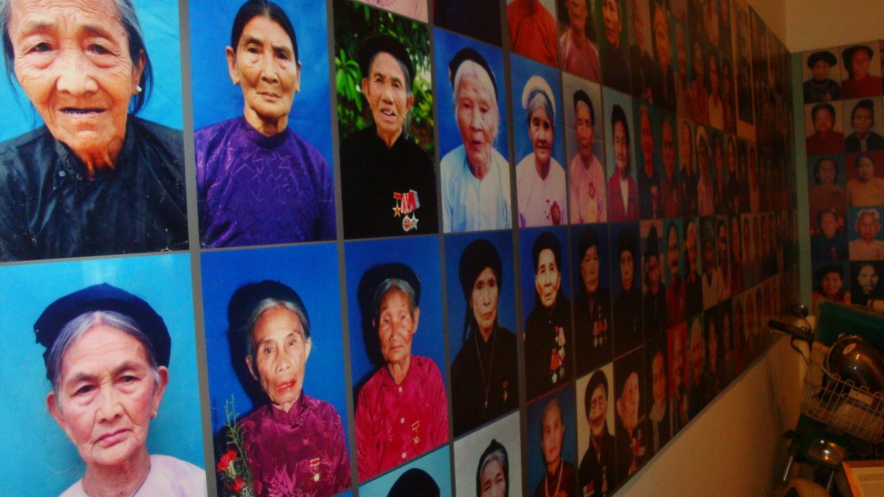 베트남 정부가 공인한 베트남의 영웅적인 어머니들(Heroic Mothers of Vietnam)