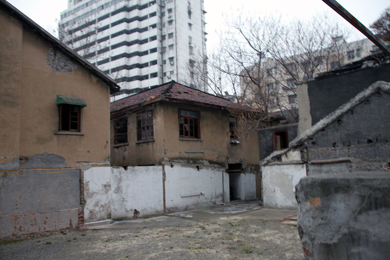 리지샹(利?港) 2호의 위안소의 현재 모습. 2014년에 장수성의 '문물보호단위'로 지정된 유적은 수리 중이었다.