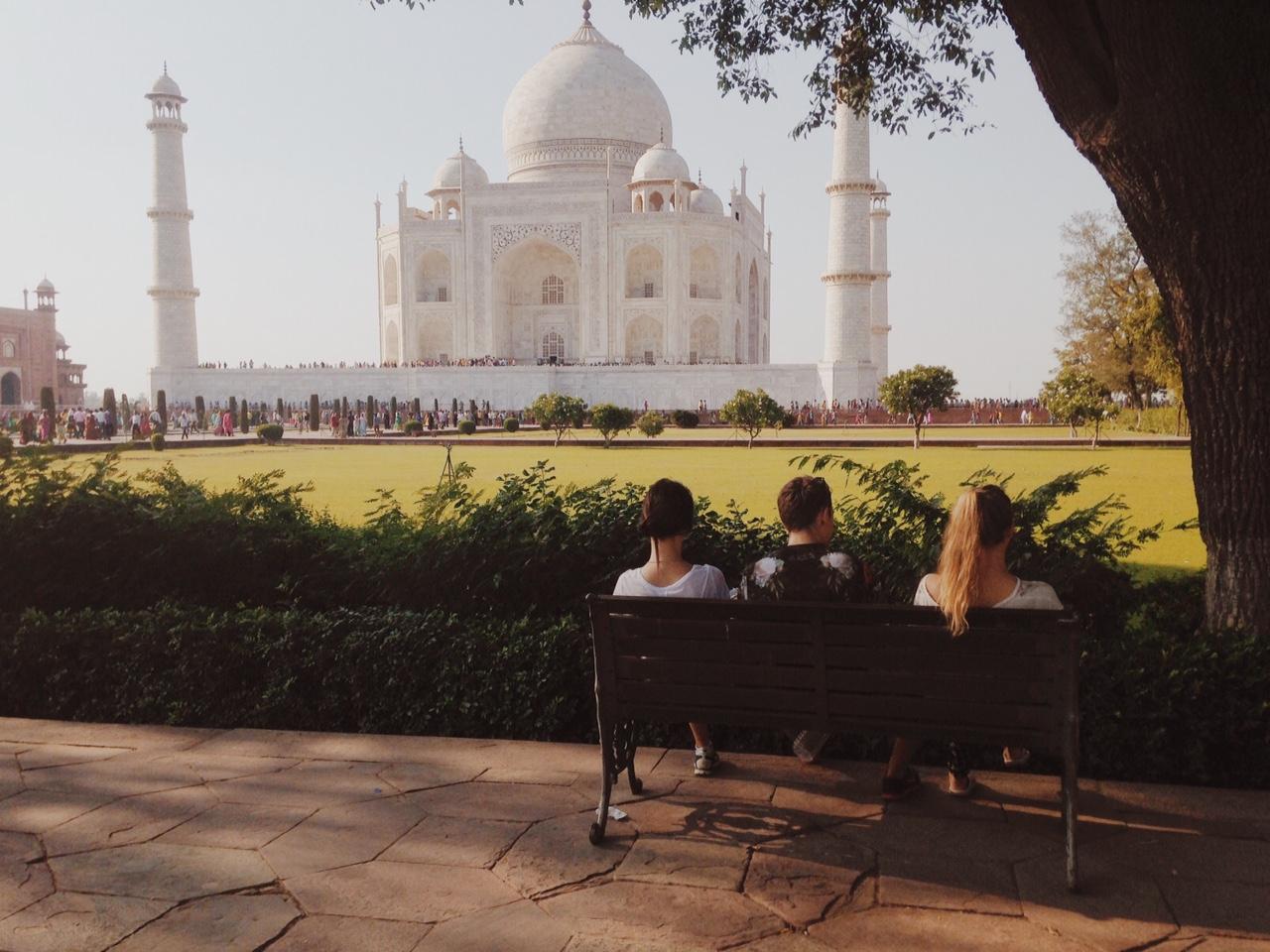 어떻게 이 경이로움을 표현해야할지 모르겠다. 인도는 정말 말도 안되는 나라다.