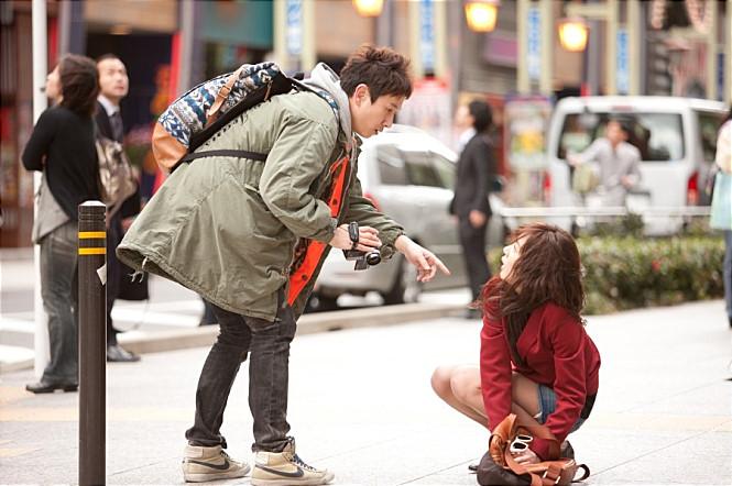 영화 <내 아내의 모든 것> 일본에서 지진 때문에 만난 두현과 정인. 두현의 직업은 내진설계전문가다.