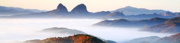구름바다에 둘러 싸인 마이산